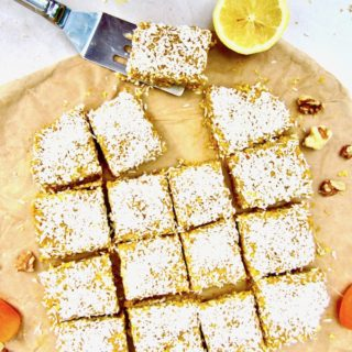 This No Bake Apricot Turmeric Lemon Bars recipe have a lovely citrusy, tangy flavor and make a super healthy sugar free, vegan and gluten free snack! They are an energizing powerhouse filled with fiber, protein, antioxidants and anti-inflammatory properties. | veganchickpea.com
