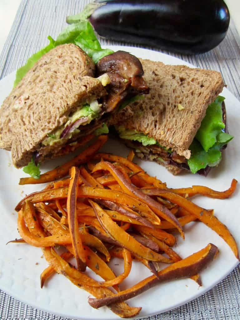Vegan & GF healthy BLT, with Eggplant Bacon! So yummy & satisfying. | veganchickpea.com