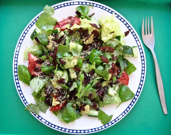 Smoky Summer Salad with Coconut Bacon - vegan, paleo, gluten/soy/nut free!   veganchickpea.com