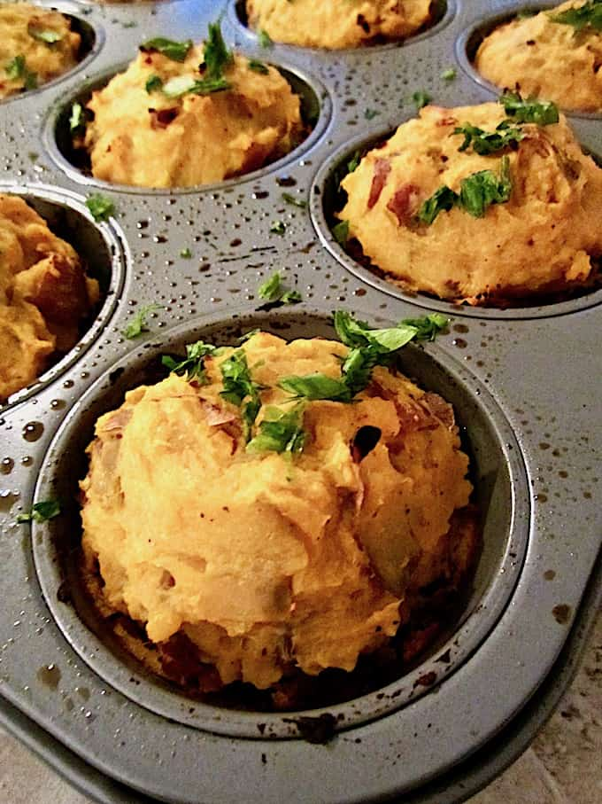 Vegan Shepherd's Pie Savory Mini Cakes (gluten free) recipe - Shepherd's Pie meets Vegan Meatloaf in this satisfying main dish for any holiday (or non holiday!) meal, with 21g of protein per serving. {soy free, nut free option} | veganchickpea.com
